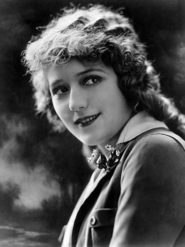 Mary-pickford-c-1920s